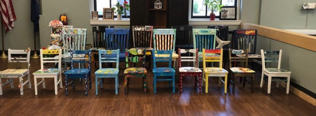 Picture of all chairs up for auction